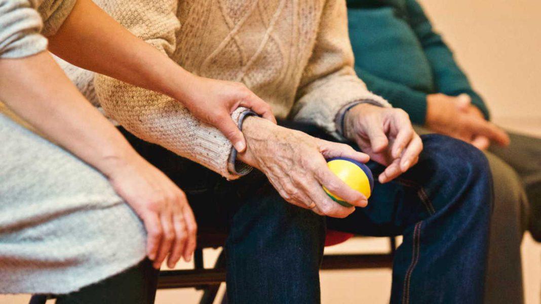 Jak opiekunka osób starszych powinna dbać o własne zdrowie